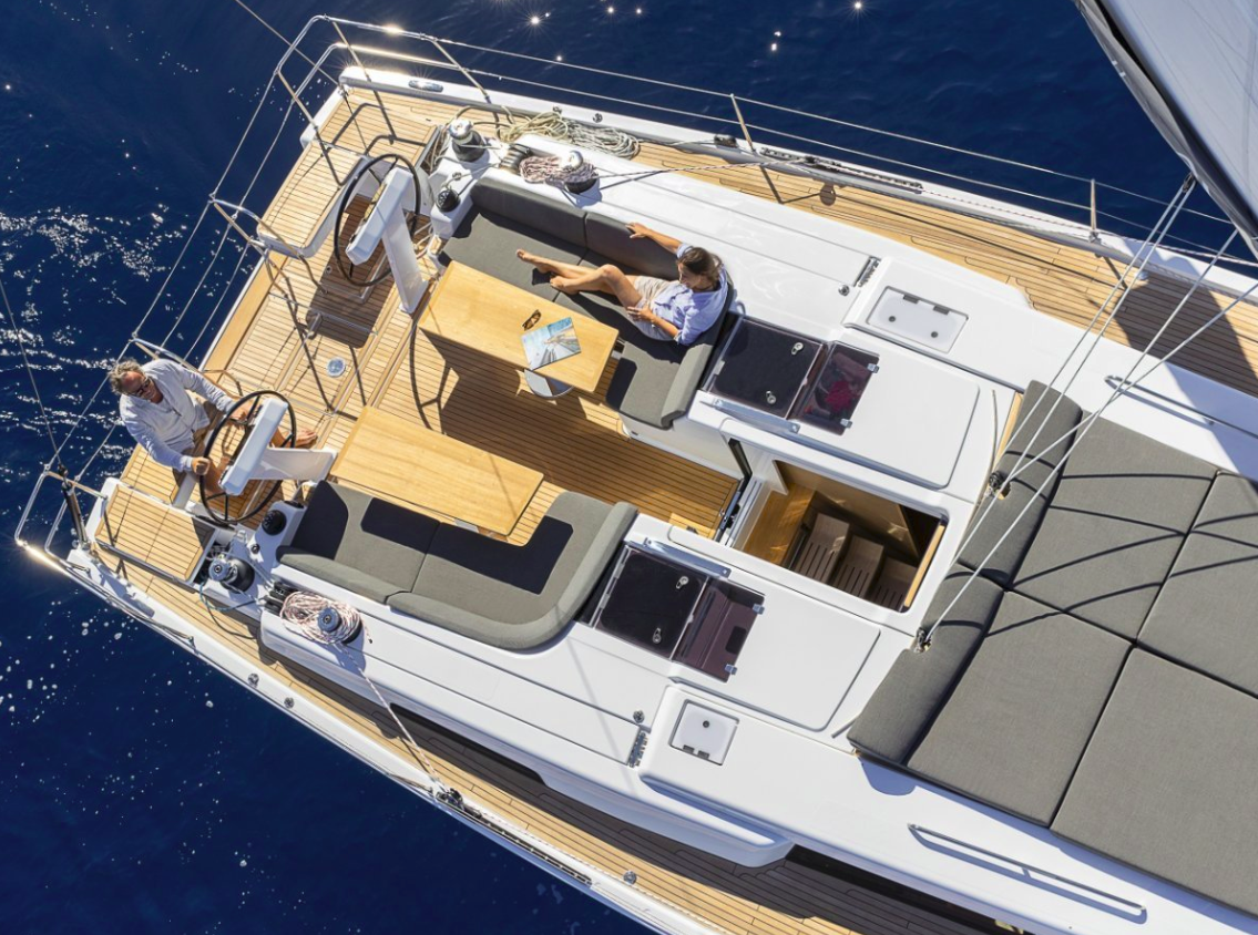 Hanse 508, POSEIDON with AC shore power