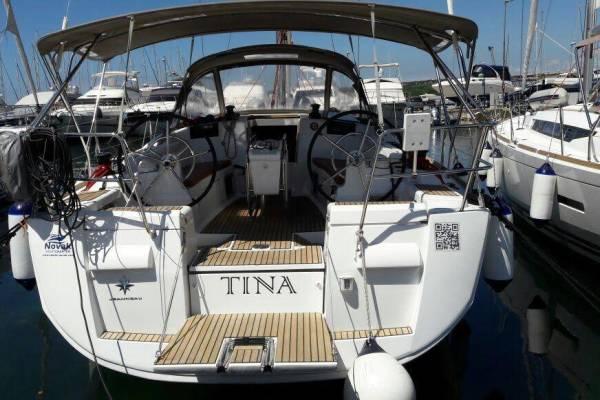 Sun Odyssey 409, Tina