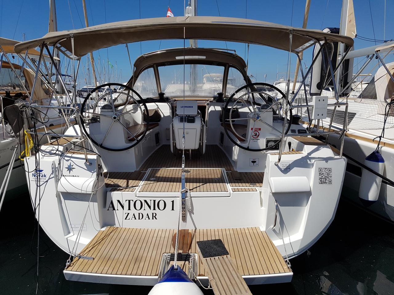 Sun Odyssey 469, Antonio 1